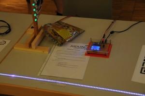 Spiel mit Entfernungssensor und LED-Leiste im Sensorpark von Hubert