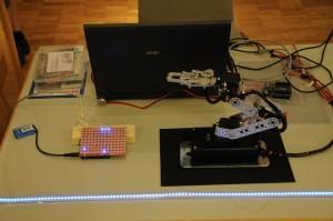 LoL-Shield und Roboterarm von Ralf